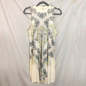 Blu Pepper Dresses - NWT Sleeveless Paisley Mock-neck Knit Dress